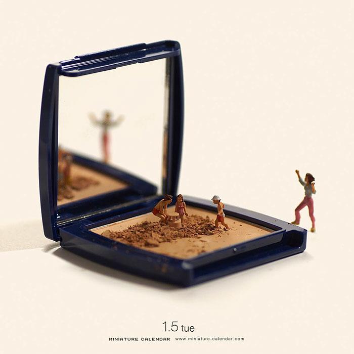 Miniature Calendar
