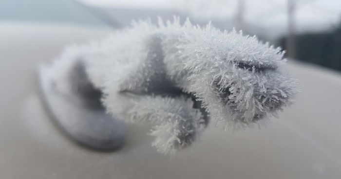 Times Winter Turned Cars Into Art Bored Panda - 17 cars turned into art thanks to frosty winter weather
