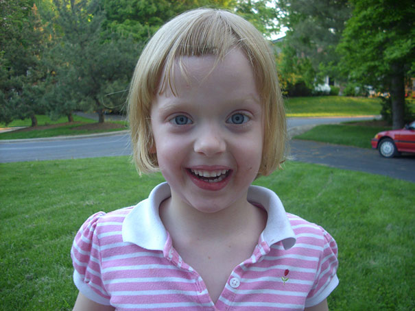 Avery Cuts Her Own Hair And It Seems That She Definitely Loves It!