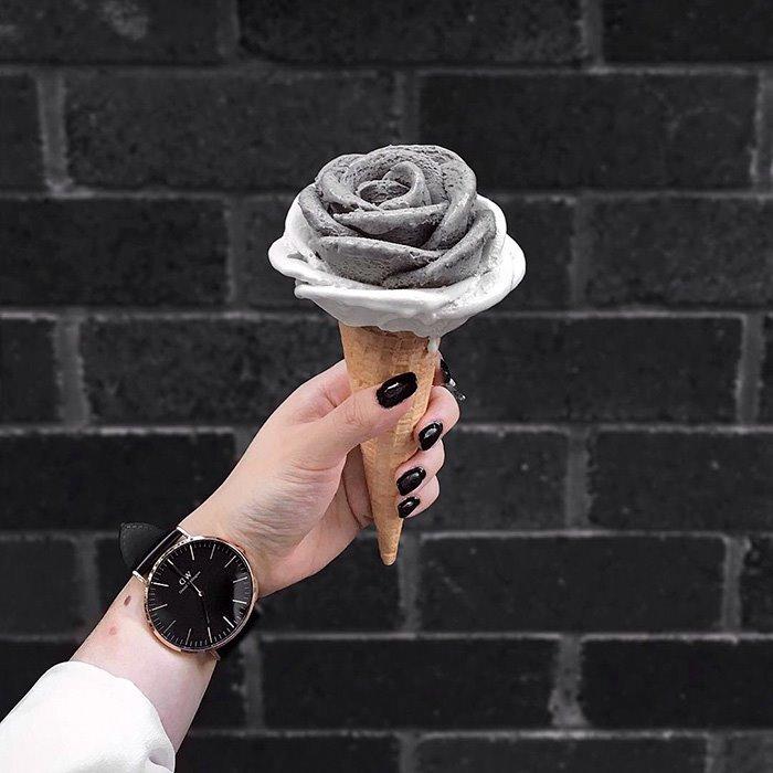 Gelato Glowers Ice-cream