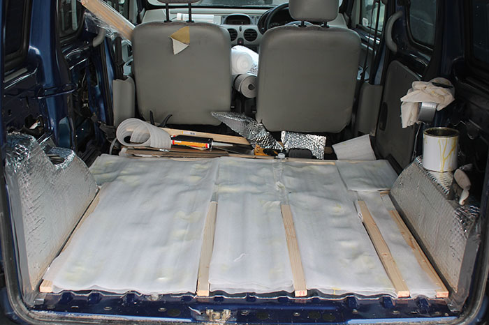 girl-restores-van-travels-with-dog-marina-piro-32