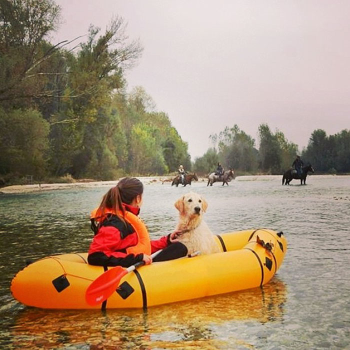 girl-restores-van-travels-with-dog-marina-piro-63