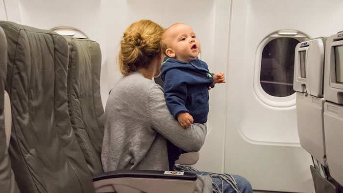 goodie-bags-flying-with-babies-trend-5