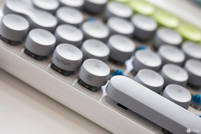 11 Retro Mechanical Keyboard Photos, Inpired Mechanical Keyboard