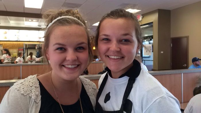 I (left) Met My Doppelgänger (jenna) At Chick-fil-a! I Actually Didn't Even See It Until All Her Coworkers Started Flipping Out. They Were Convinced We Were Twins Trying To Pull One Over On Them. After They Took The Picture I Flipped Too.