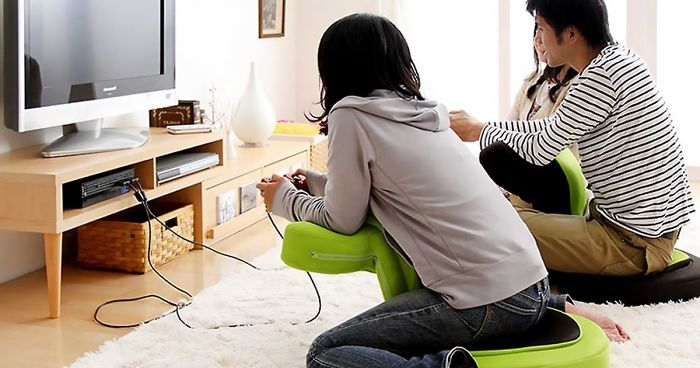 Japanese New Gaming Chair Is Breaking Amazon Japan And