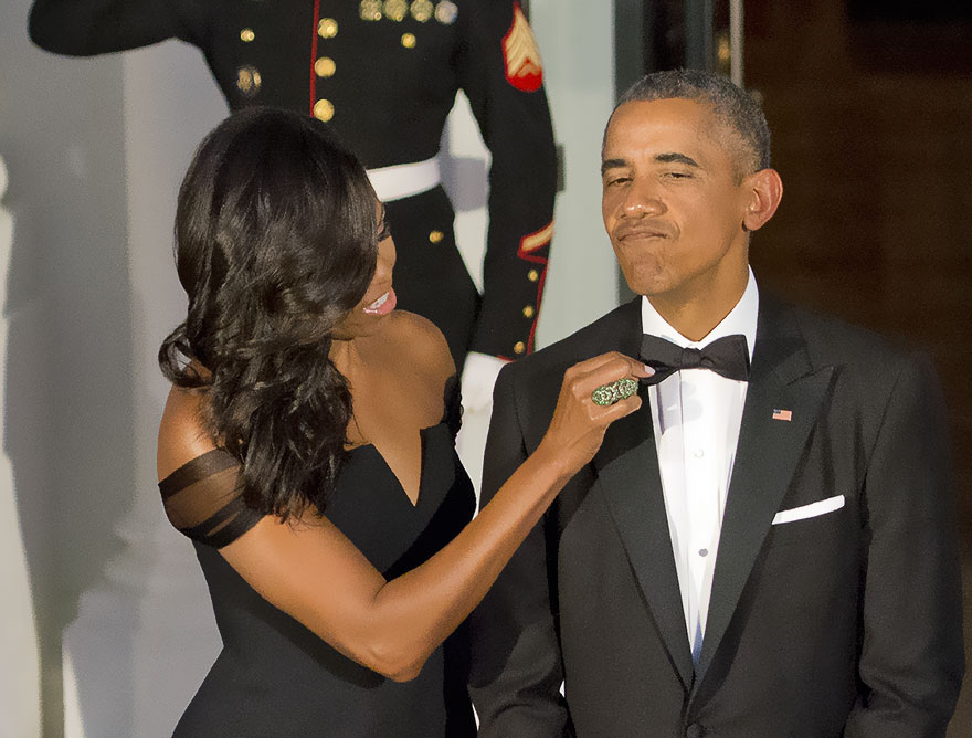 Michelle Obama Adjusts The Tie Of Barack Obama As They Prepare To Welcome President XI Jinping Of China And Madame Peng Liyuan To A State Dinner In Their Honor On The North Portico Of The White House In Washington On Sept. 25, 2015