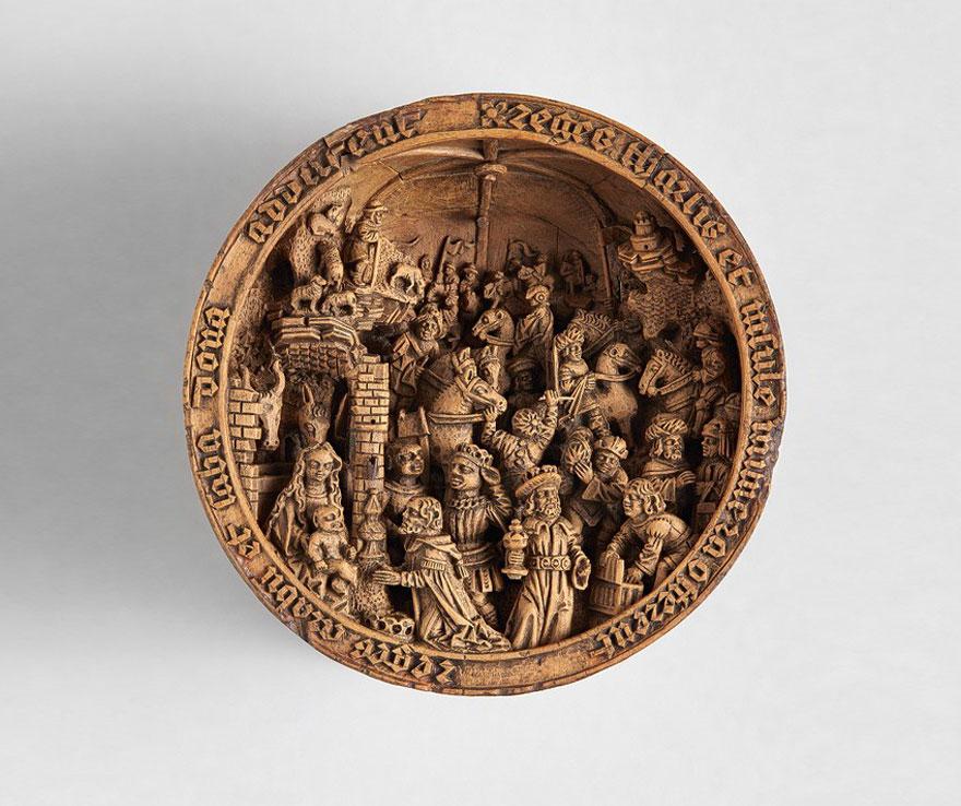 miniatura de boj tallados al 16 del siglo-13