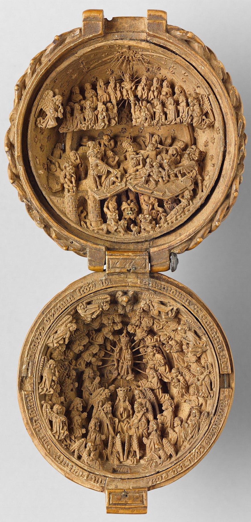 miniatura de boj tallados al 16 del siglo-2