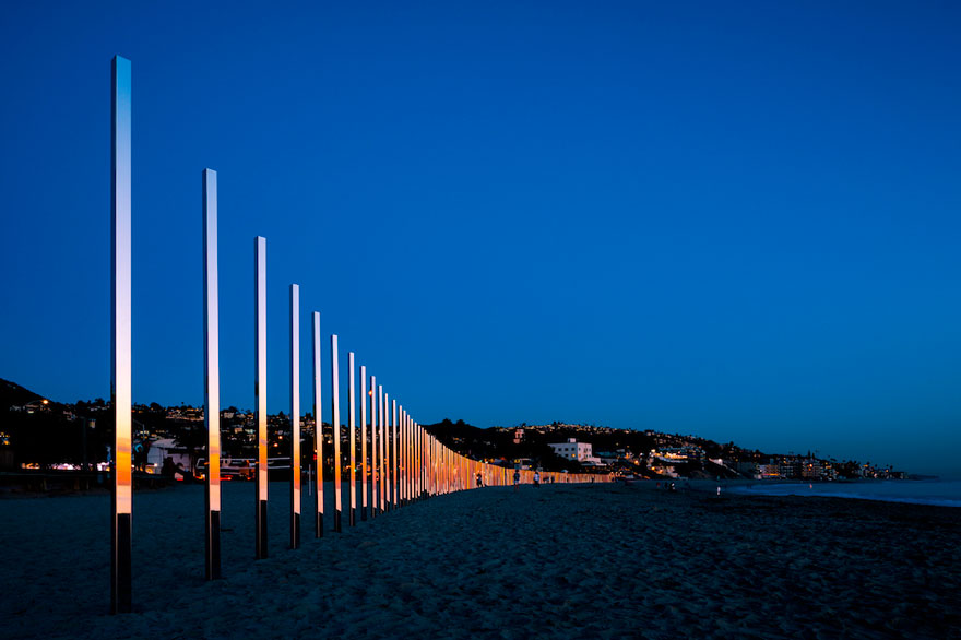 mirror-installation-quarter-mile-arc-phillip-k-smith-III-laguna-beach-1