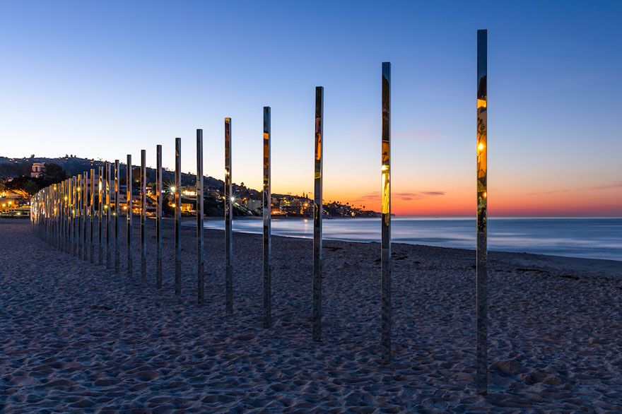 mirror-installation-quarter-mile-arc-phillip-k-smith-III-laguna-beach-2