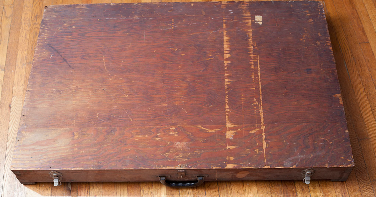Man Finds A Mystery Box In Dumpster And What He Saw Inside Still
