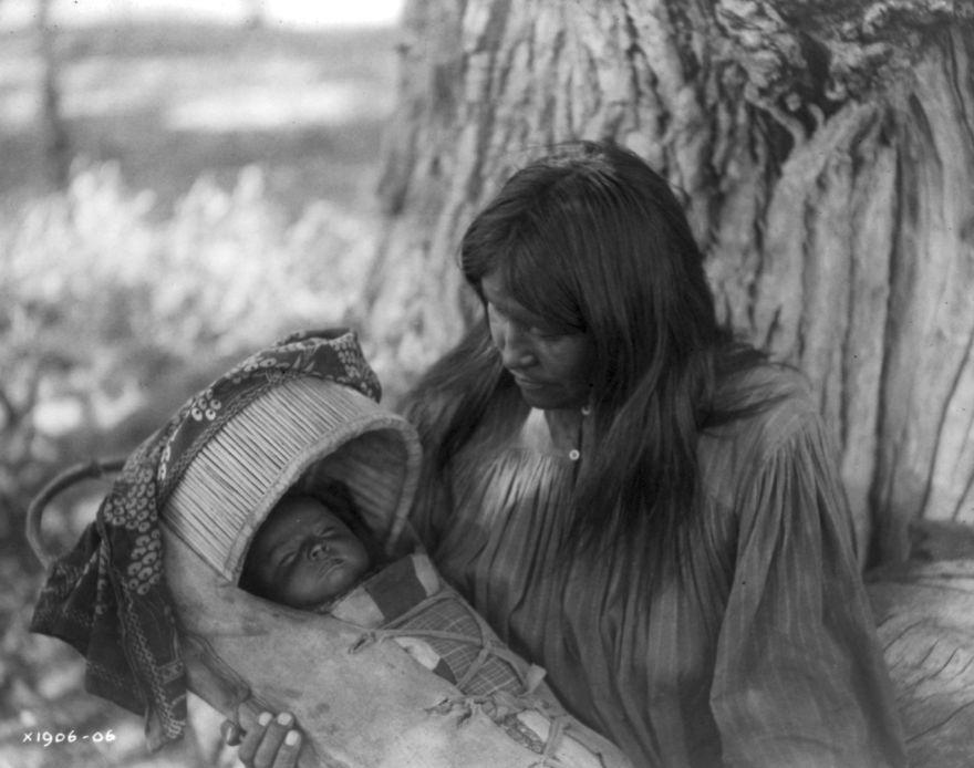 Apache Woman, 1906