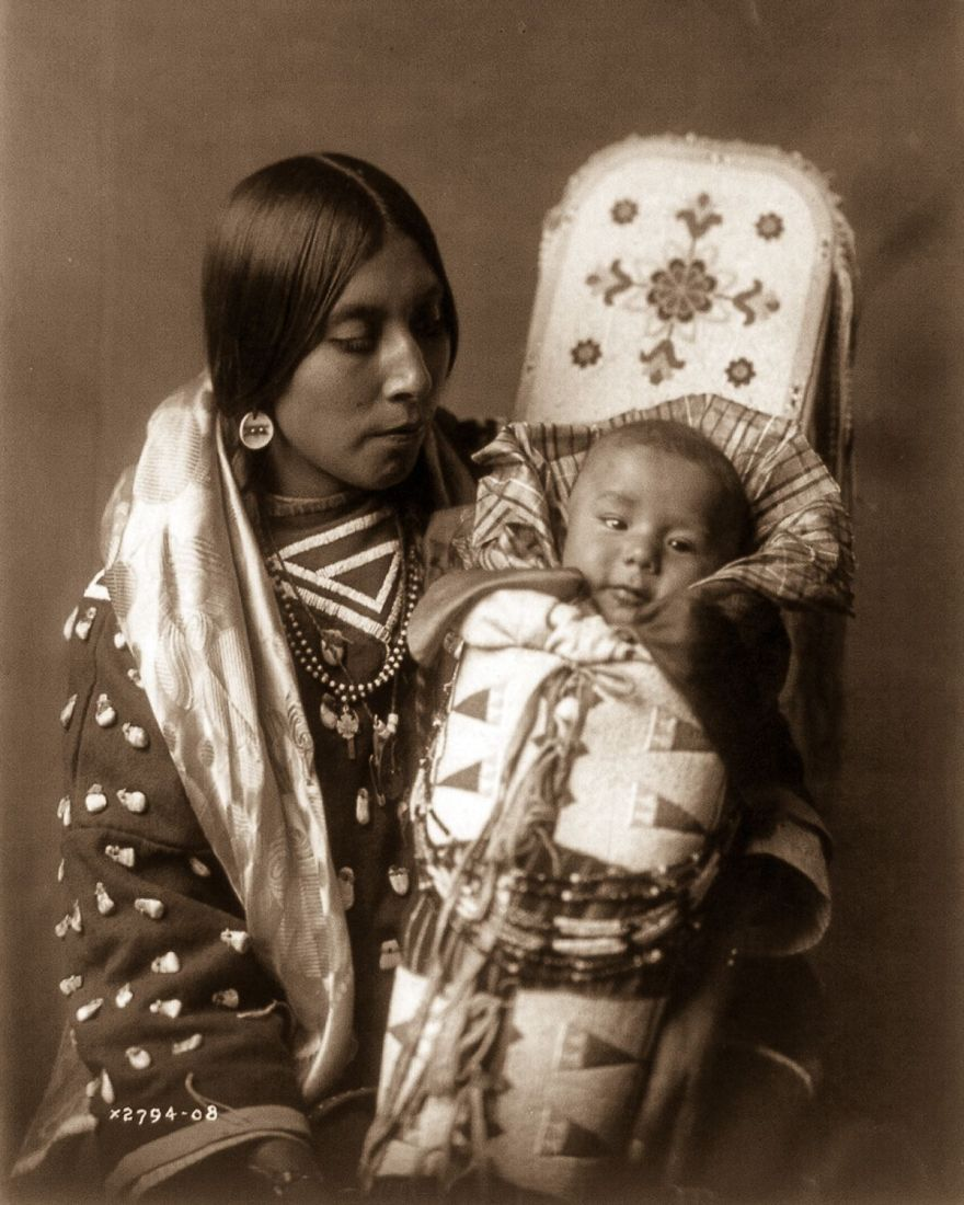 Native American Healing Herbs Plants: Rare 1900s Photos Capture How Native Americans Lived 100