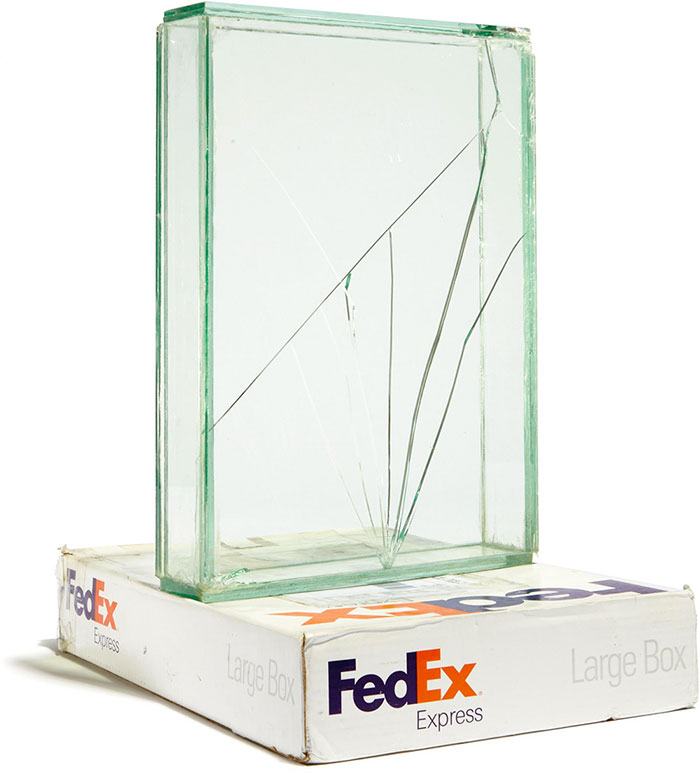 shattered-glass-sculptures-fedex-boxes-walead-beshty-1