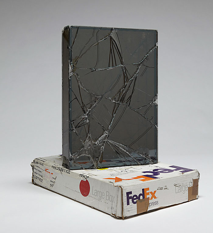 shattered-glass-sculptures-fedex-boxes-walead-beshty-2