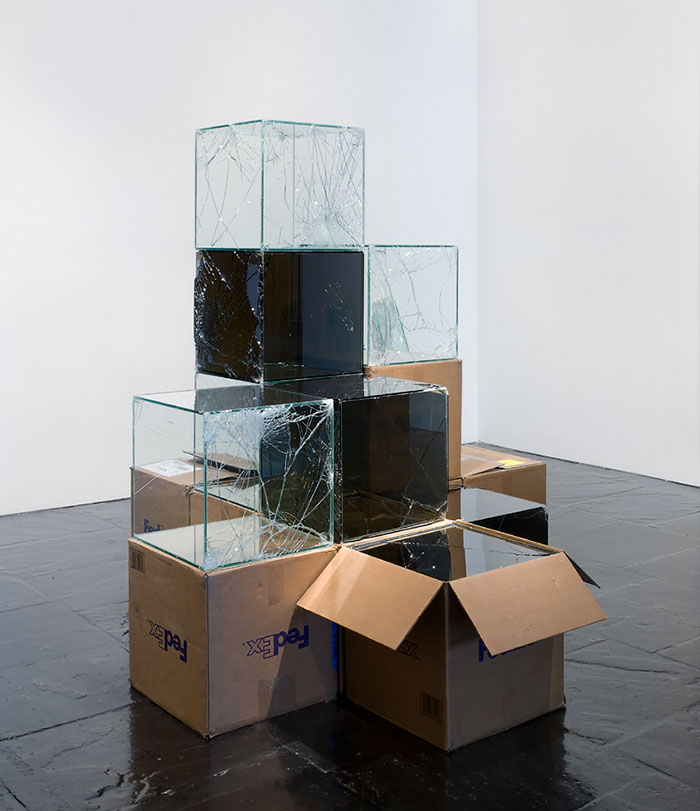 shattered-glass-sculptures-fedex-boxes-walead-beshty-8