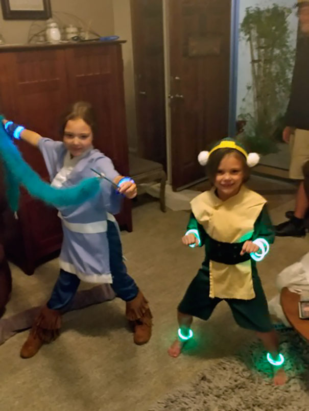 First Halloween As A Single Dad, My Girls Wanted Me To Sew Them Toph And Katara Costumes. Ps. Hair Loopies Are Hard!
