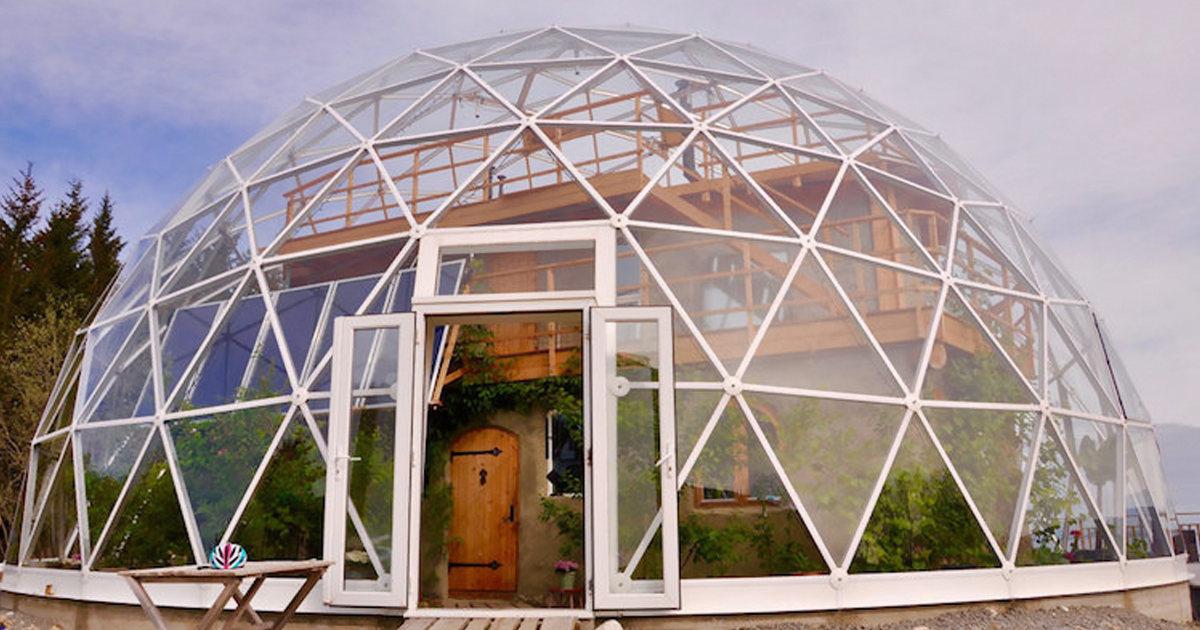This Family Has Been Living In The Arctic Circle Since 2013 In A Self-Built House Under A Solar Geodesic Dome