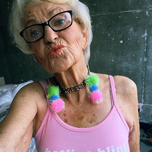 10+ Brutally Honest Grandmas Who Have Zero Filter