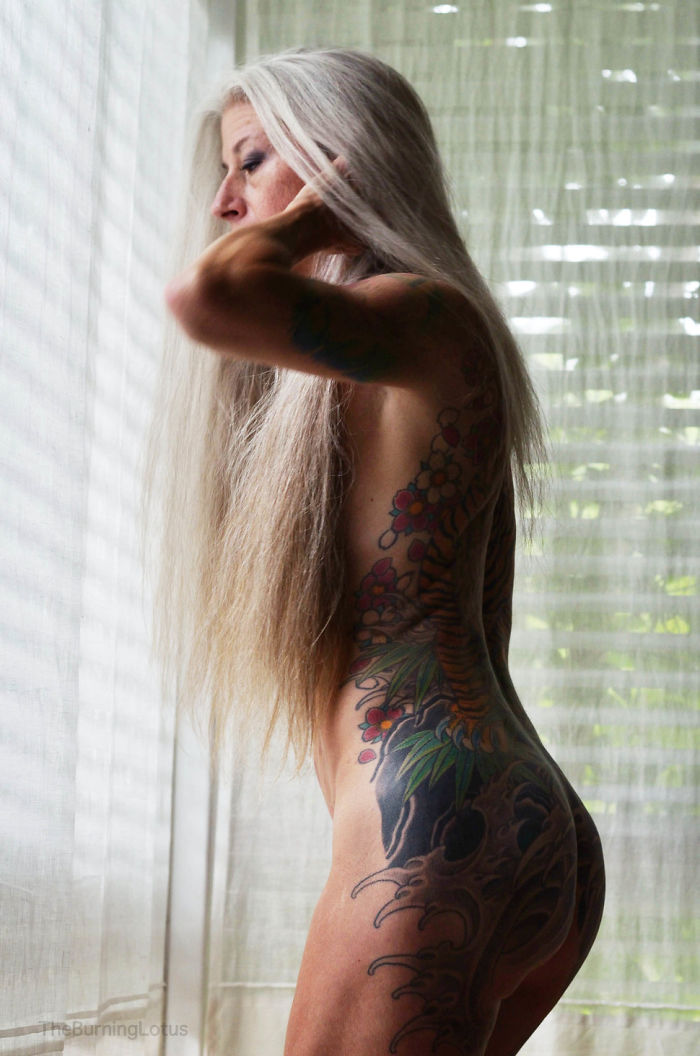 56 year old woman proves you can be sexy no matter how old for Nude women tattoo