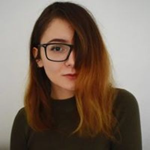 Laura Darker