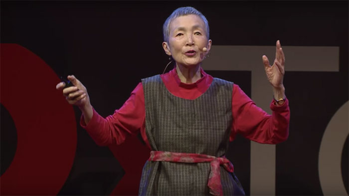 81-year-old-woman-creates-mobile-game-app-hinadan-masako-wakamiya-8