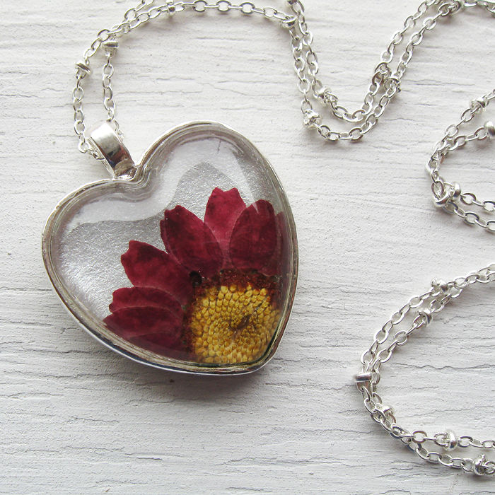 I Made Special Pressed Flower Jewelry Just For Valentine's Day!