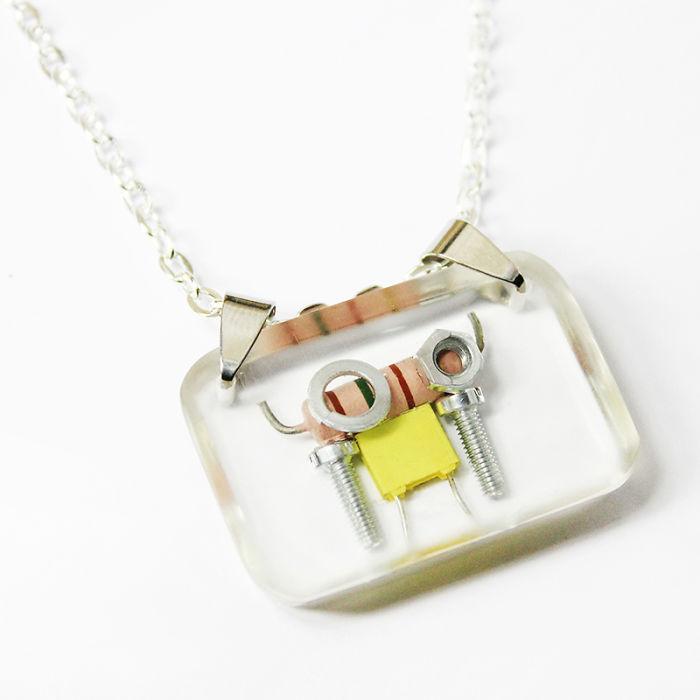 I Turned Electronic Waste Into Tiny Robots (part 2)
