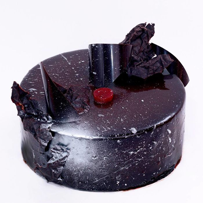 I Draw And Create My Own Chocolate World On The Mirror Glaze