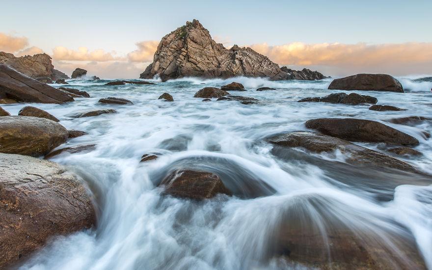 Sugarloaf Rock, WA