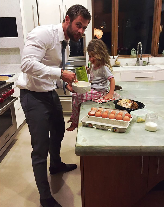 """Papa Making Some Late Snack After Premiere"""