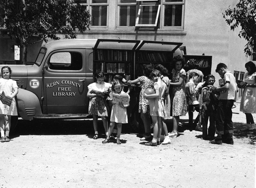 Children Gathering At The Kern County Free Library Bookmobile At Aztec School, 1947