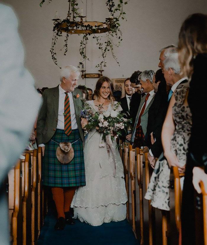 bride-reunited-missing-antique-dress-6