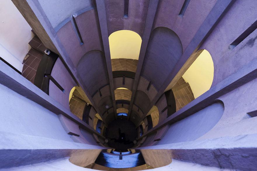 Как превратить цементный завод в роскошный особняк   cement factory renovation la fabrica ricardo bofill 4 58b3e2018e326  880