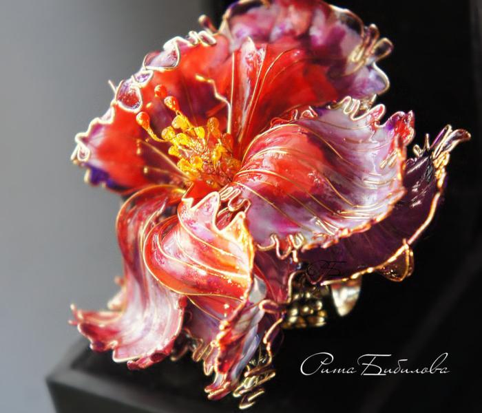 Incredible Femininity: Fantastic Glass And Metal Jewellery By Rita Brialee