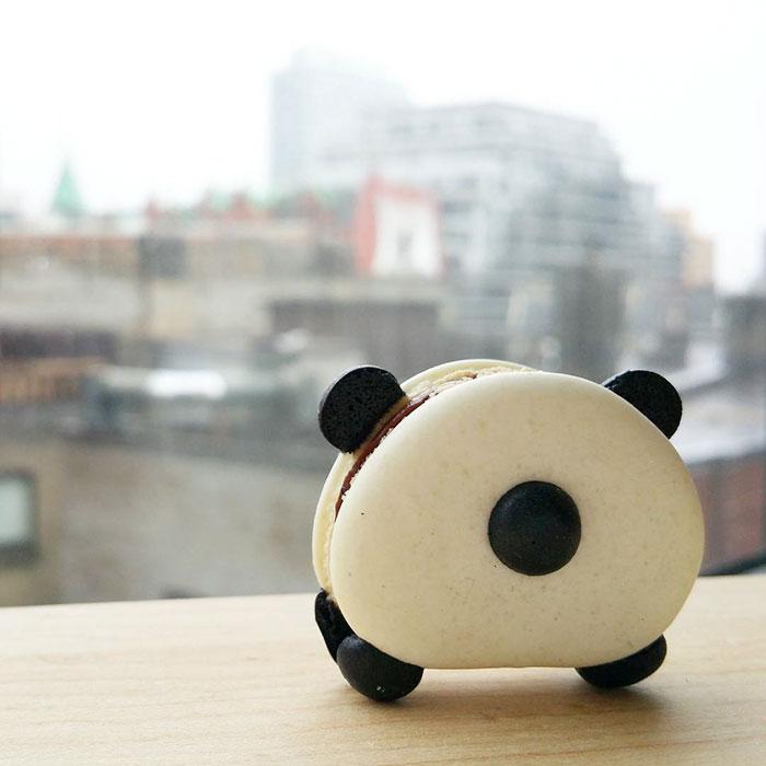 cute-panda-macaroons-melly-eats-world-17