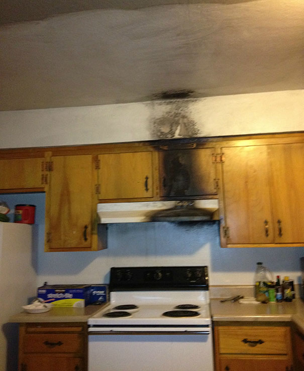 Worst Kitchen Nightmares: 10+ Of The Worst Kitchen Fails Ever