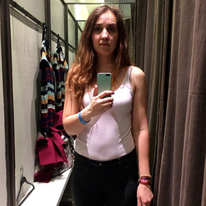 Same Girl Goes To 11 Different Fitting Rooms Of 11 Different Stores, And Differences Are Striking