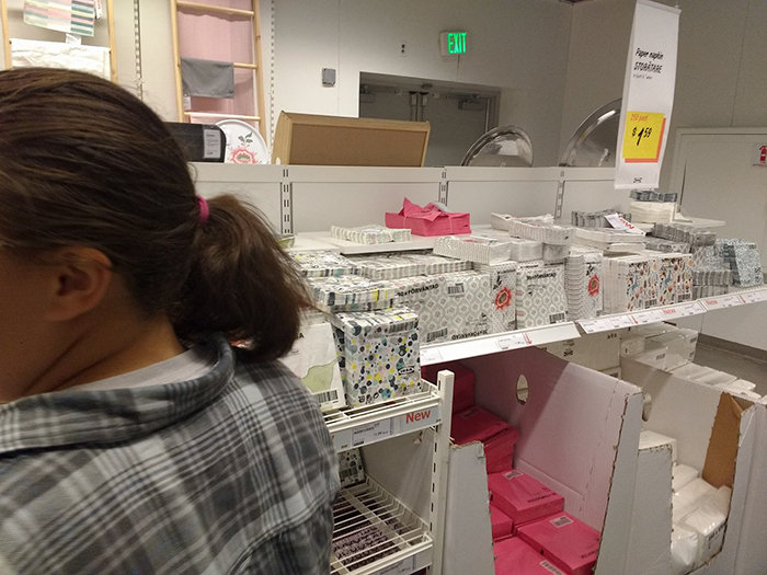 guy-try-figure-out-visit-ikea-again-13