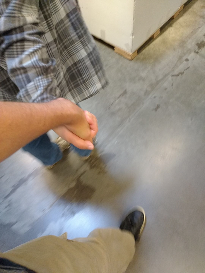 guy-try-figure-out-visit-ikea-again-18
