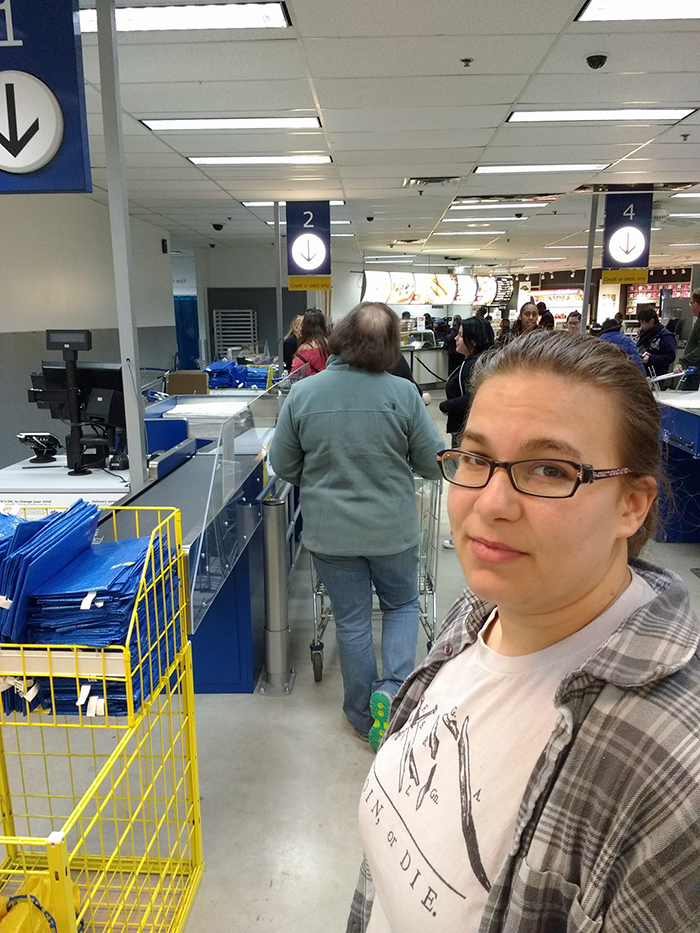 guy-try-figure-out-visit-ikea-again-21