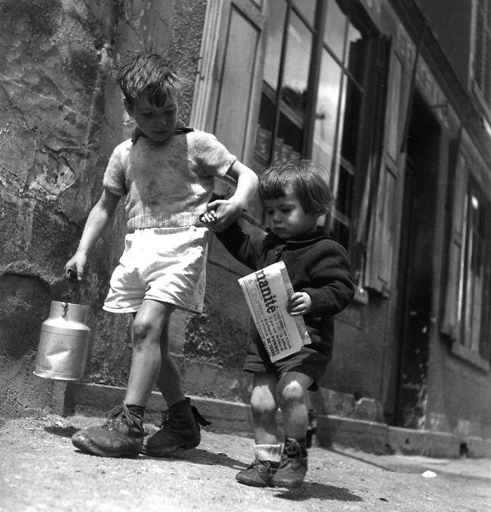 Children Walking Rue Marcelin Berthelin Berthelot, Choisy Le Roi Mai, Paris, 1946