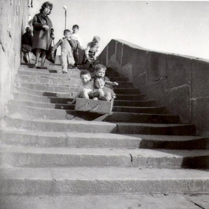 Children Playing, Ribeira, Porto