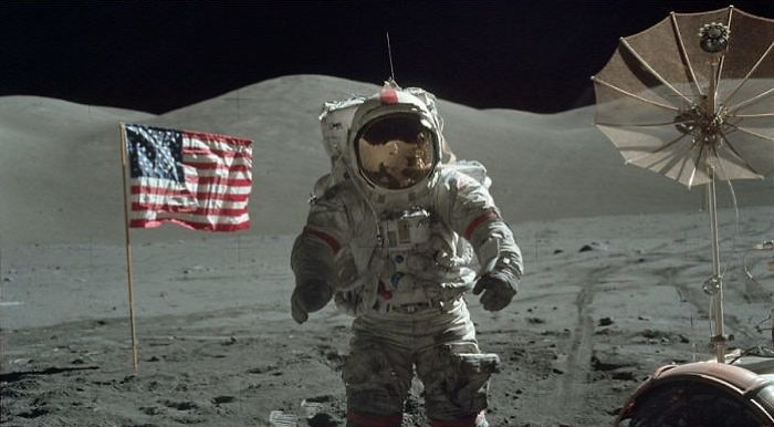 Nasa Got Sick Of All Conspiracy Theories And Released 10k+ Photos From The Apollo Moon Mission (anonymous)