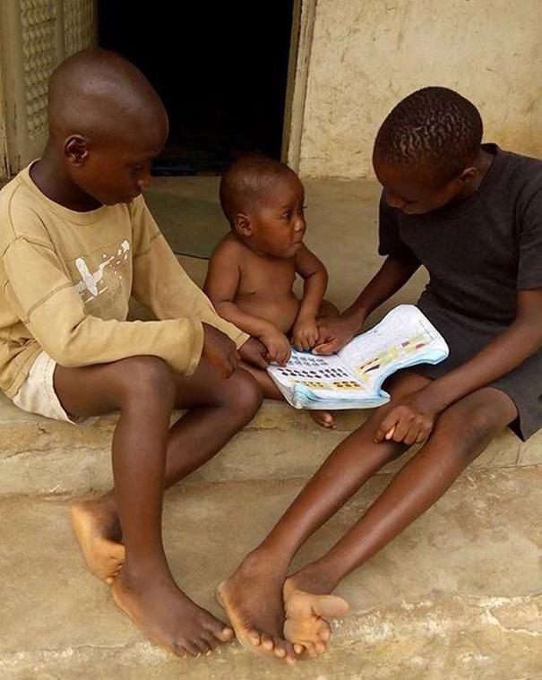 nigerian-starving-thirsty-boy-first-day-school-anja-ringgren-loven-20