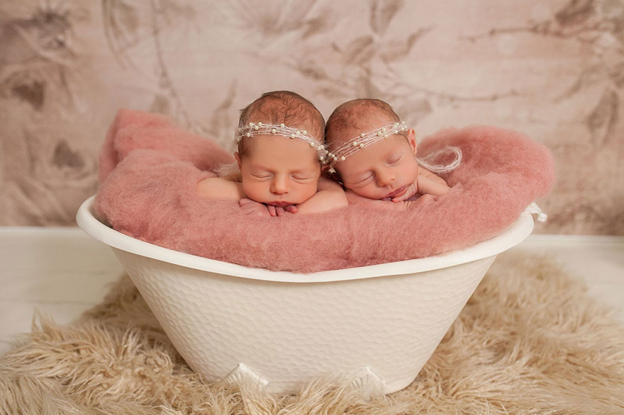 set-of-twins-sibling-photoshoot-14