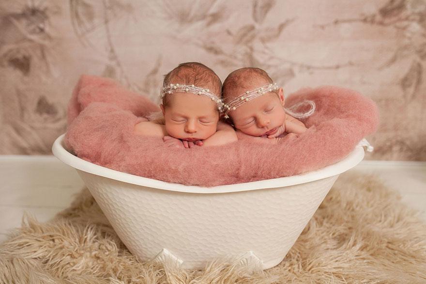 set-of-twins-sibling-photoshoot-14