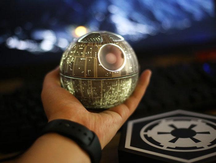 star-wars-levitating-death-star-speaker-hellosy-14