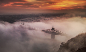 I Spent 4 Years Capturing The Beauty Of Budapest When It's Covered By Fog